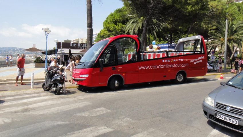 Depart Juan les Pins Cap d'Antibes Tour